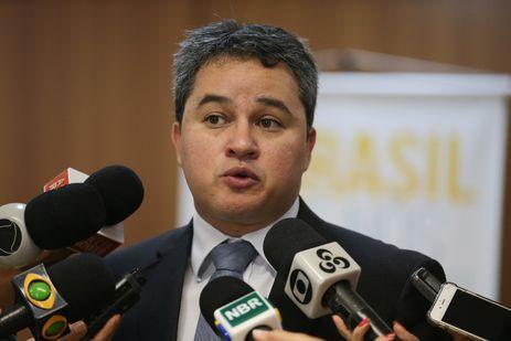 Brasília - O deputado Efraim Moraes, durante o lançamento da campanha O Brasil que nós queremos (José Cruz/Agência Brasil)