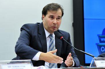 O deputado Rodrigo Maia (DEM-RJ) foi eleito para presidente da comissão especial da Reforma Política durante reunião de instalação da comissão (Luis Macedo/Câmara dos Deputados)