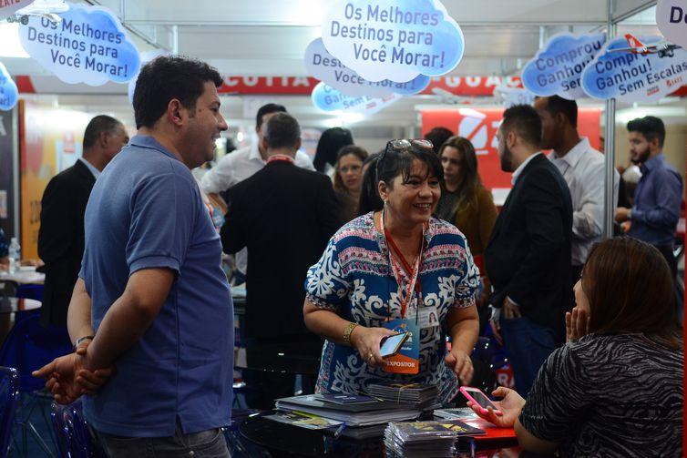 São Paulo - Feirão da Caixa Econômica Federal oferece mais 202 mil imóveis novos e usados em 11 cidades brasileiras (Rovena Rosa/Agência Brasil)