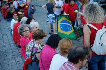 Manifestação do dia Internacional do Trabalho na Praça XV, região central da cidade, convocada pela Central Unica dos Trabalhadores.
