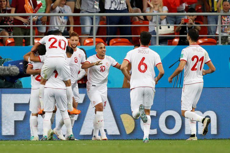 Copa 2018: Panamá e Tunísia. Comemoração do segundo gol da Tunísia.