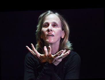 Deborah Colker venceu o Benois de la Dance pelo espetáculo Cão sem Pluma