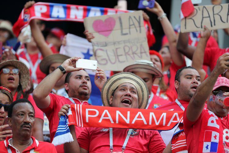Soccer Football - World Cup - Group G - England vs Panama - Nizhny Novgorod Stadium, Nizhny Novgorod, Russia - June 24, 2018 Panama fans inside the stadium before the match REUTERS/Lucy Nicholson