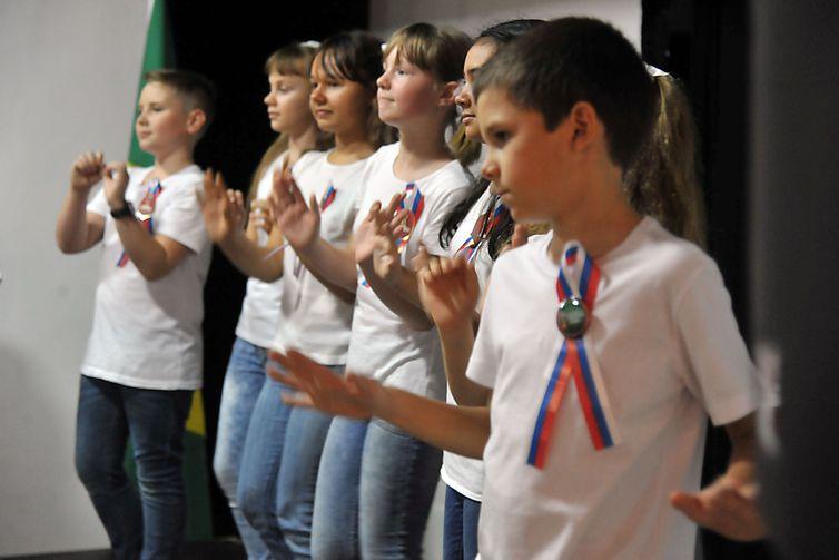 Dentro da realização da Copa do Mundo de Futebol, a Embaixada da Rússia promove uma exposição sobre o país, mostrando um pouco da cultura russa para os brasileiros.