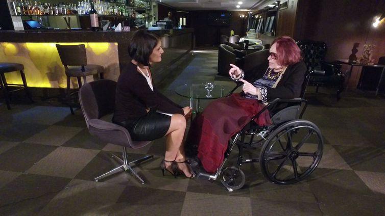 Bibi Ferreira é a entrevistada de hoje do programa Conversa com Roseann Kennedy