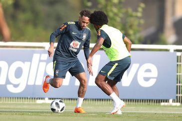 Neymar que, mesmo voltando de uma longa inatividade, por causa de uma lesão, teve intensa movimentação