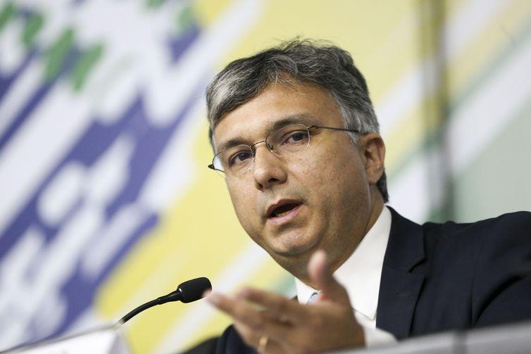 O ministro do Planejamento, Desenvolvimento e Gestão, Esteves Colnago, durante workshop sobre gestão de capital de risco.