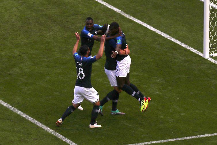 Copa 2018:França e Austrália. Comemoração do segundo gol da França.