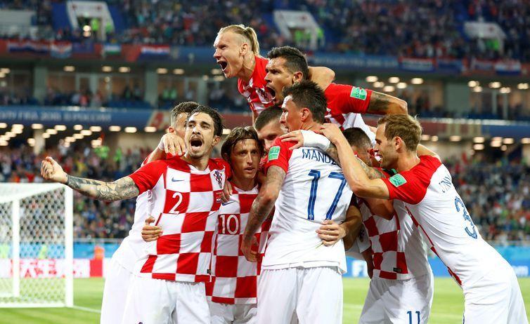 Copa 2018: Croácia e Nigéria. Comemoração do segundo gol da Croáciai.