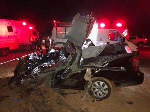 MG 176 Acidente deixa dois mortos e duas crianças feridas
