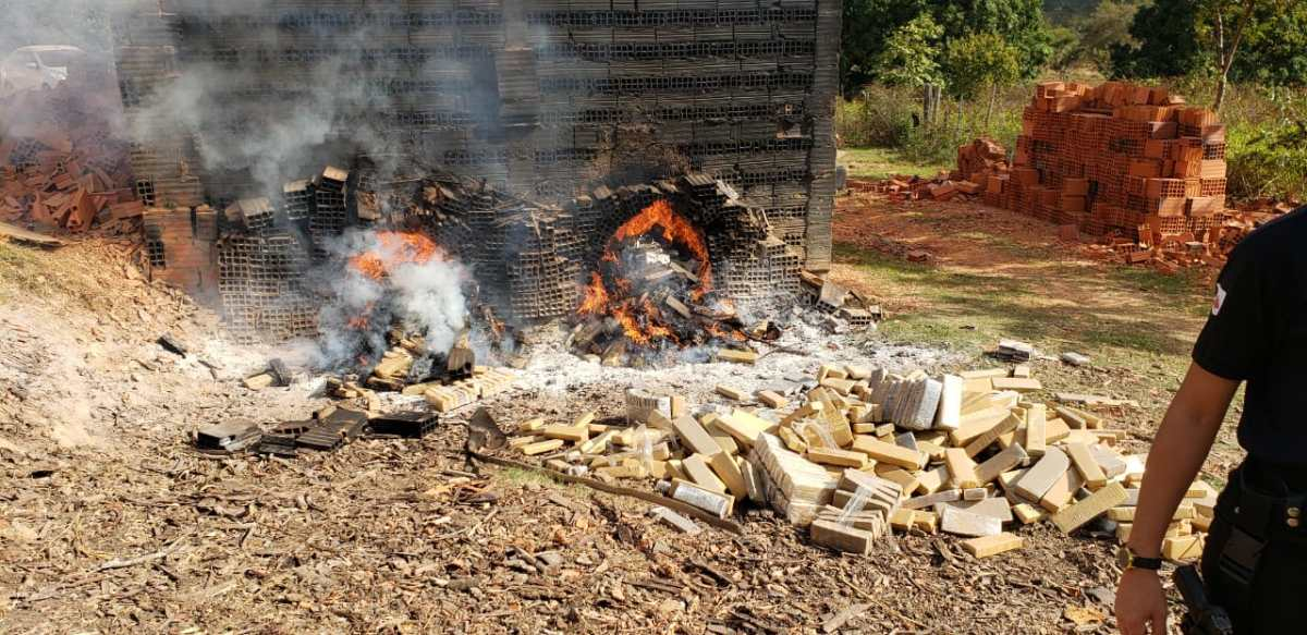 Quase duas toneladas de drogas são queimadas em Paracatu