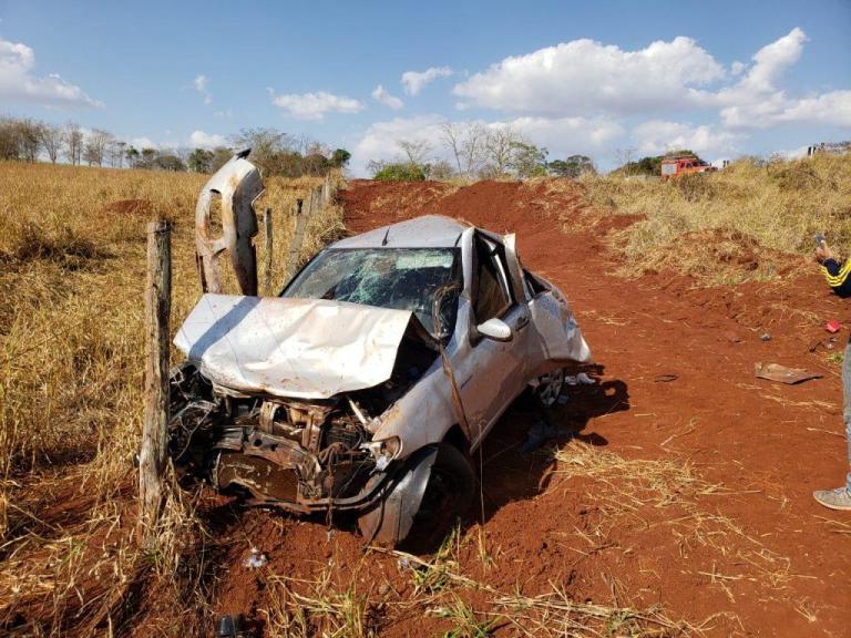 Dois homens morrem e criança sobrevive a acidente na BR-154