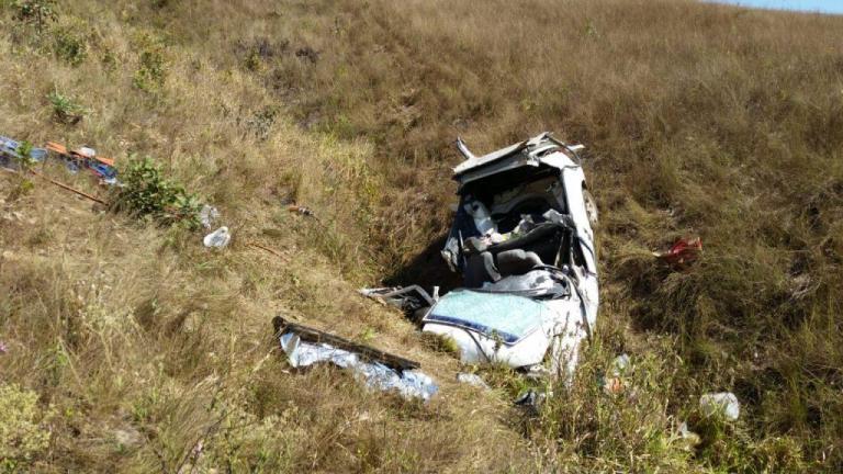 Homem e criança morrem em acidente na MG-428 em Araxá
