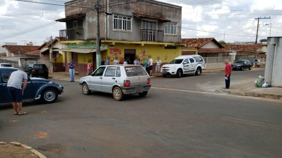 Homicídio Homem é morto a tiros em Carmo do Paranaíba-MG
