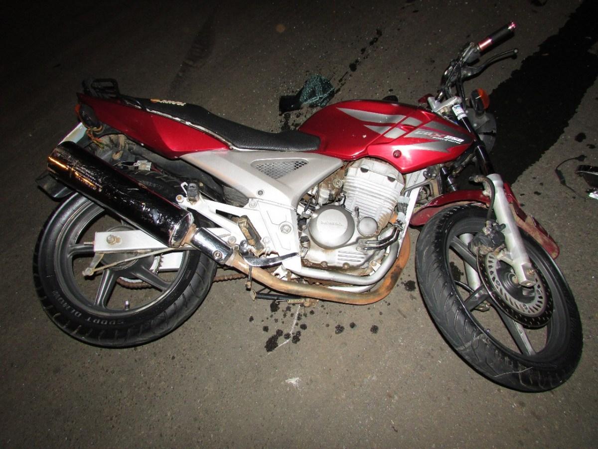 Suposto Racha Motociclista bate em carro e fica ferido em Patos de Minas