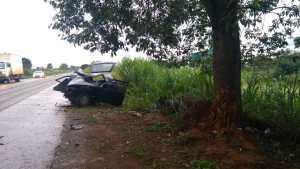 Carro aquaplana em Carmo do Paranaíba