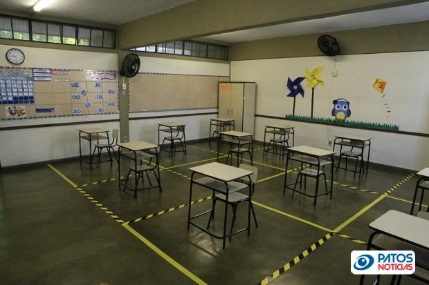 Sala de aula pandemia escolar mg
