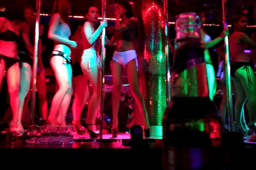 Bangkok Seven's Video: Chatty Gogo Dancers