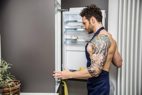 Erfolgreich Muskeln aufbauen: Intuitive Ernährung kann funktionieren - sie tut es allerdings bei vielen nicht. Schaue auf deine Fortschritte und evaluiere, ob du einen konkreten Ernährungsplan (EP) brauchst. Ein Trainings-Log sollte sich allerdings in vielen Fällen von selbst verstehen.