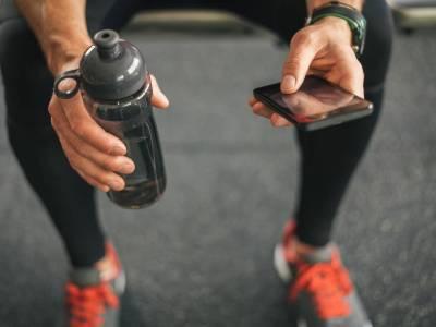 Bon Aqua: Wasser- & Flüssigkeitsbedarf für optimale Leistung im Kraftsport & Bodybuilding