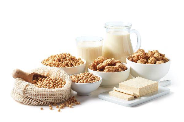 Soja- und Sojaprodukte (insbesondere die unfermentierten) stehen in dem Ruf die Testosteronproduktion negativ zu beeinflussen. Tofu und Sojamilch müssen weichen.