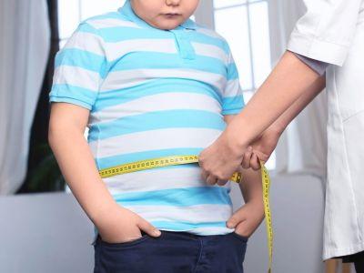 Bisphenol S: Kontakt mit Chemikalien aus Plastik & Kunststoff steht mit Übergewicht in der Kindheit in Verbindung