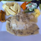 This would become my go-to meal! Pollo con champiñón!