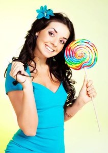 woman lollipop 6601868_s