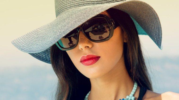 iStock 000047594566 Small - Óculos de sol com proteção e estilo