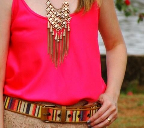 Regata cetim Pink + Saia Sutache 101 - LIQUIDA - Regata e Camiseta a partir de R$ 39,00
