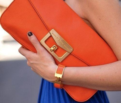 cluth laranja e vestido azul klein1 - As cores do verão!