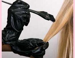 AM 000 cabelos pintar em casa1 - O Diário de uma Loira - Preparando o cabelo para novas mechas
