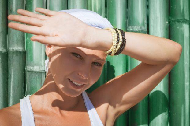 iStock 541839220 621x414 - Banho de Sol ajuda a deixar os ossos mais fortes!