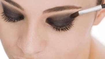 Truques para a maquiagem durar mais tempo3 - Como Fazer a Maquiagem Durar Mais no Calor?