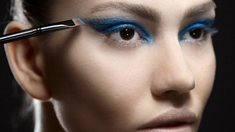 maquiagem azul - Maquiagem azul é a aposta deste inverno!