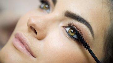 sobrancelha - Truques Para Esconder as Falhas Nas Sobrancelhas