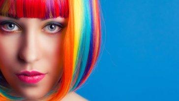 iStock 000050904570 Small - Cabelos Coloridos Fantasia - Cuidados