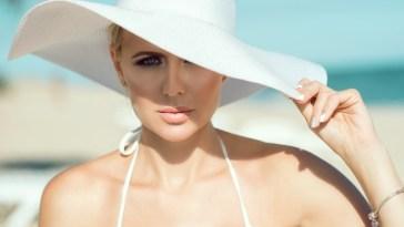 iStock 603870382 - Verão e Maquiagem