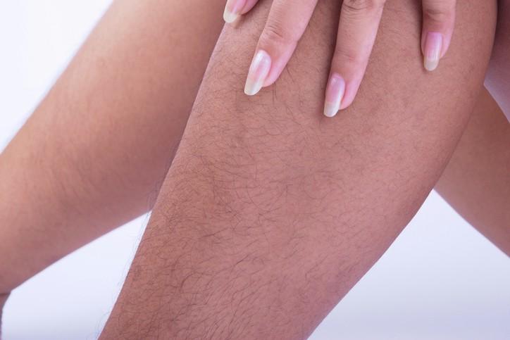 Você pode puxar um músculo no seu dedão do pé