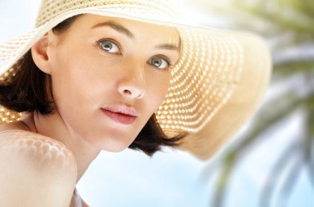 iStock 494439162 621x409 - Dicas de como cuidar da pele no verão