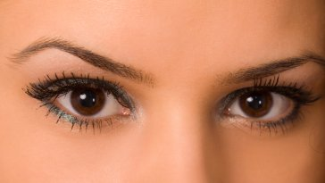 iStock 000006113189 Small - Blepharoplastia: Conheça a cirurgia das pálpebras