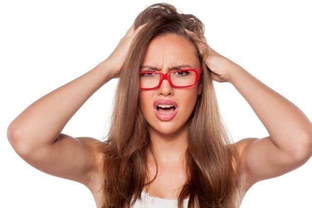 iStock 81069087 SMALL 621x414 - Caspa: O que causa e como tratar