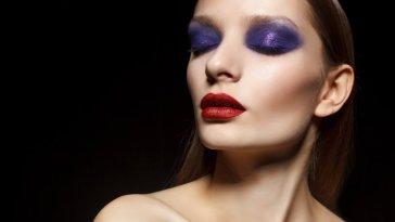iStock 000033188838 Small - Erros comuns na maquiagem