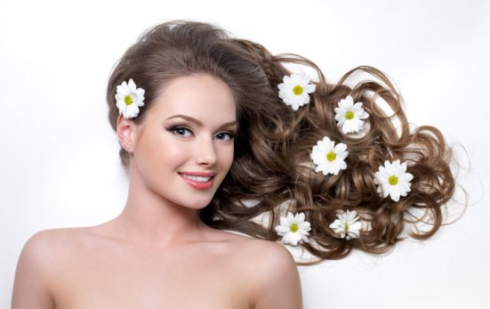 iStock 000017908825 Small - Acessórios para cabelo – Tendência 2016