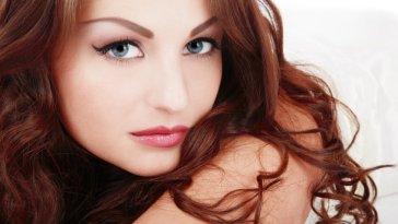 iStock 000005985169 Small - Cuidados com os cabelos tingidos