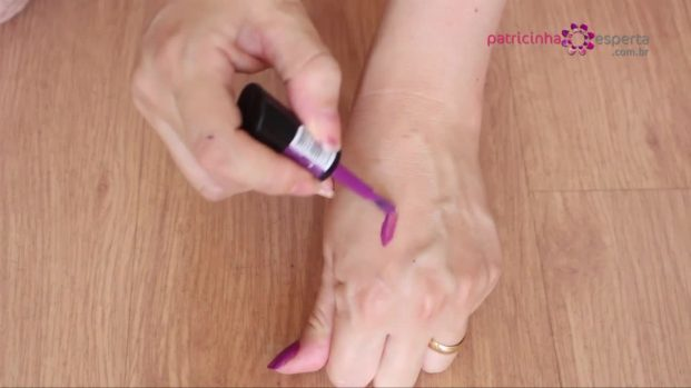 IMG 00014 2 621x349 - Como remover esmalte da pele