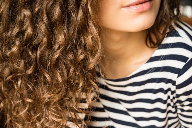 iStock 90658293 SMALL 621x414 - Colágeno para cabelos Cacheados