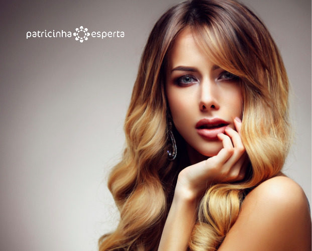 beautiful blonde woman with long healthy straight and shiny hair picture id612419714 621x500 - Tendências em cores de cabelos 2018