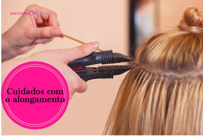 the hairdresser does hair extensions to a young girl a blonde picture id6905329641 - Alongamento de cabelo: o guia completo