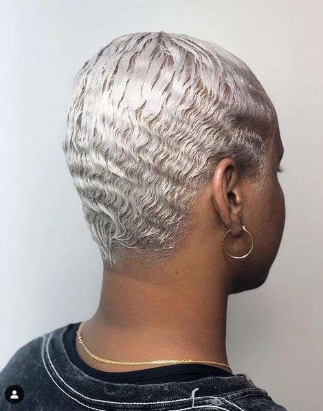 cabelo platinado 1 - Cabelo Platinado Curto 2019/2020: Tendências de Cortes, Cores, Fotos